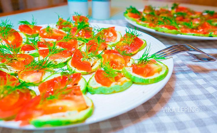 Тушеный кабачок с помидорами с майонезом