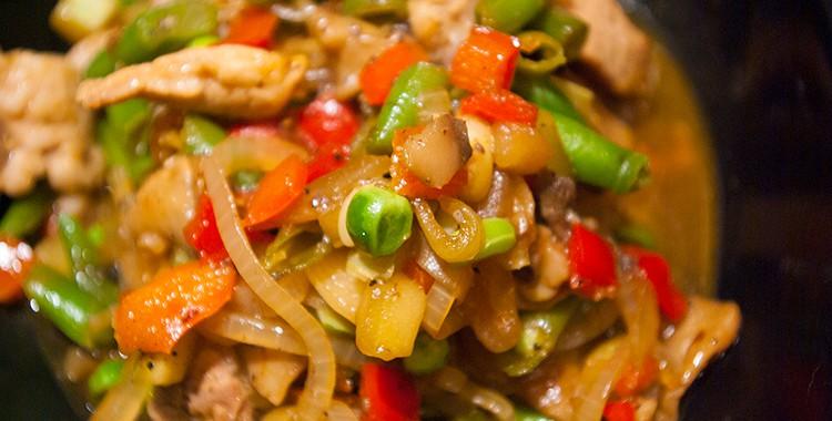 Стир-фрай: свинина с овощами