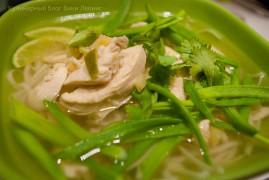 Вьетнамский куриный суп Миен га