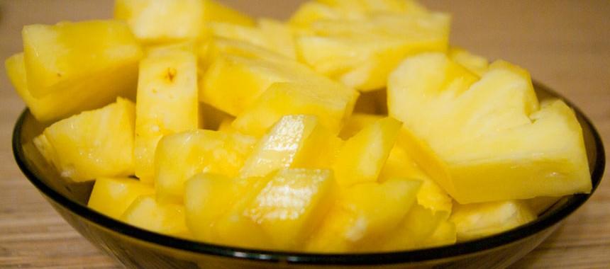 Как почистить ананас? Как порезать ананас?