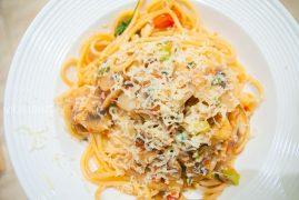 Паста с шампиньонами и помидорами: рецепт итальянской кухни