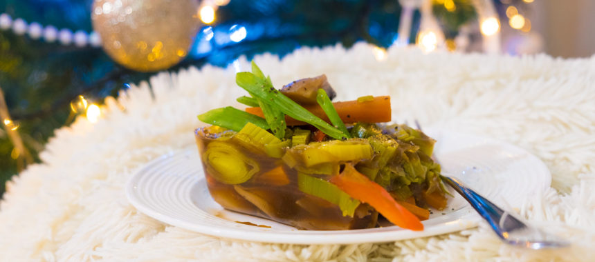 Вегетарианский Холодец из грибов и овощей. С наступающим Новым Годом!