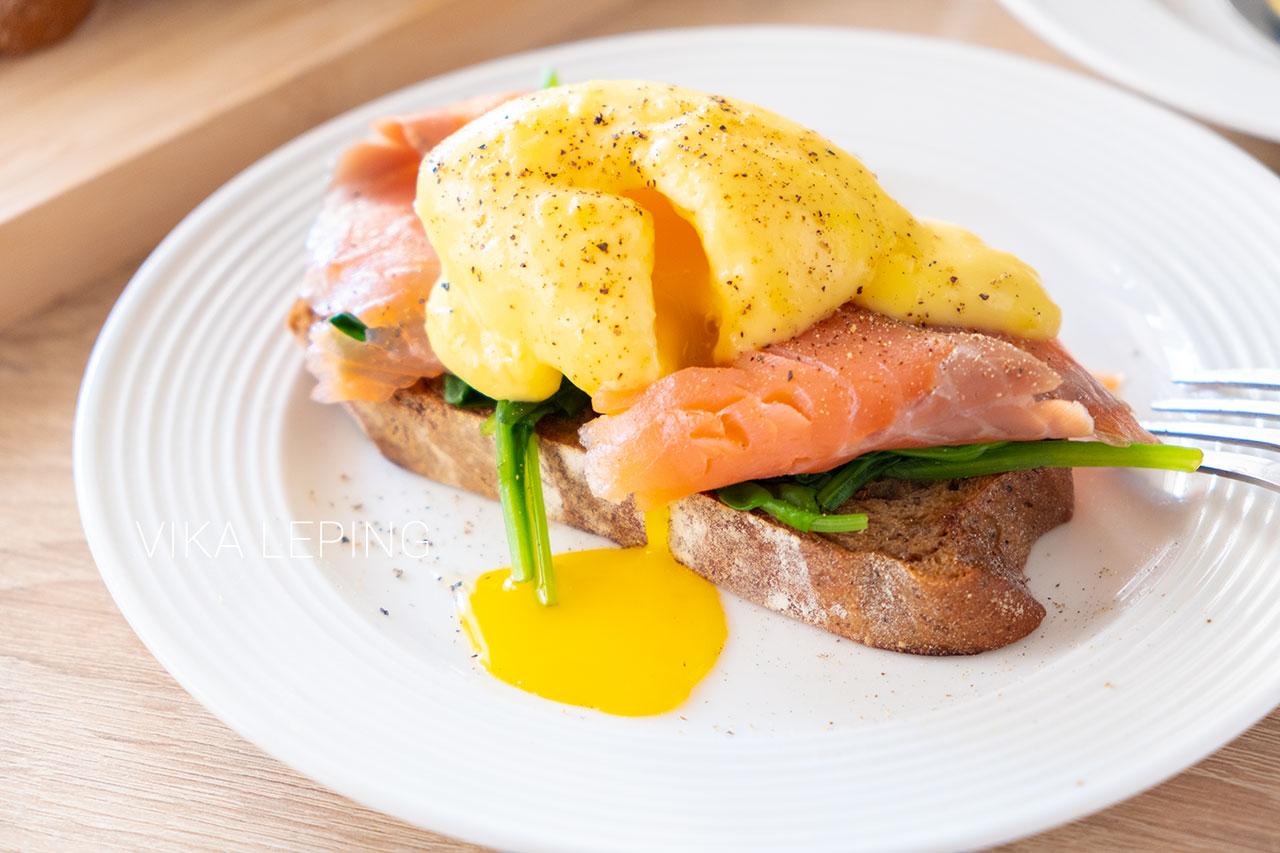 Яйца Бенедикт или Пашот и Голландский соус - рецепт идеального завтрака